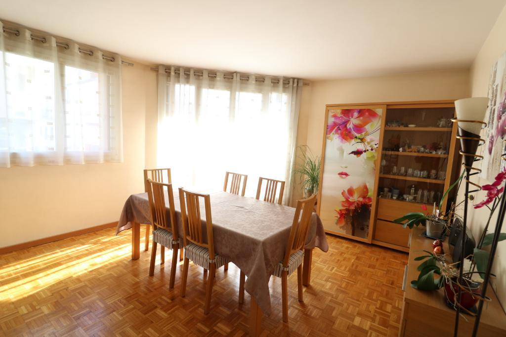 Courbevoie - Appartement 66,22m²