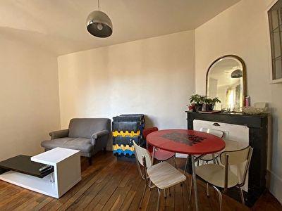 Puteaux - Centre ville Appartement 2-3 pièces