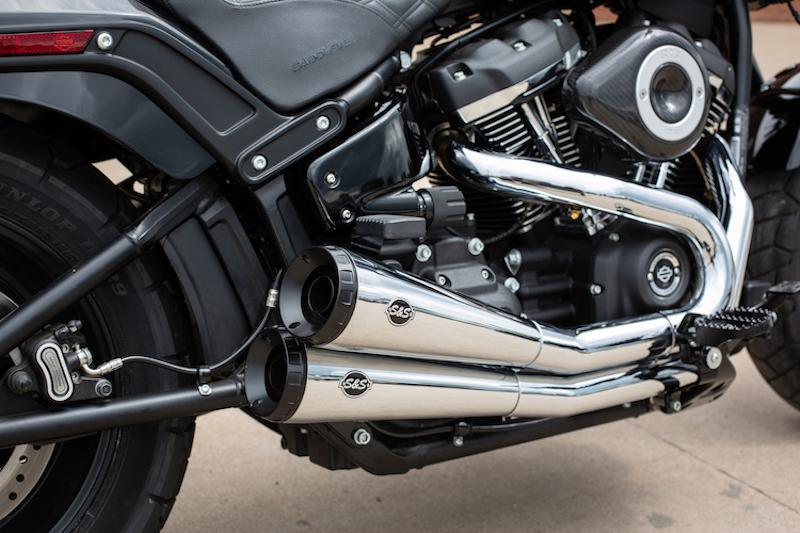 S&S CYCLE - NOW 50 State Legal Grand National 2:2 Exhaust for 2018+ Fat Bob