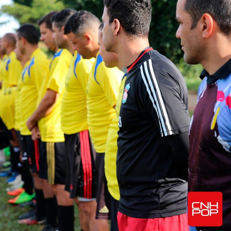 Futebol dos heróis