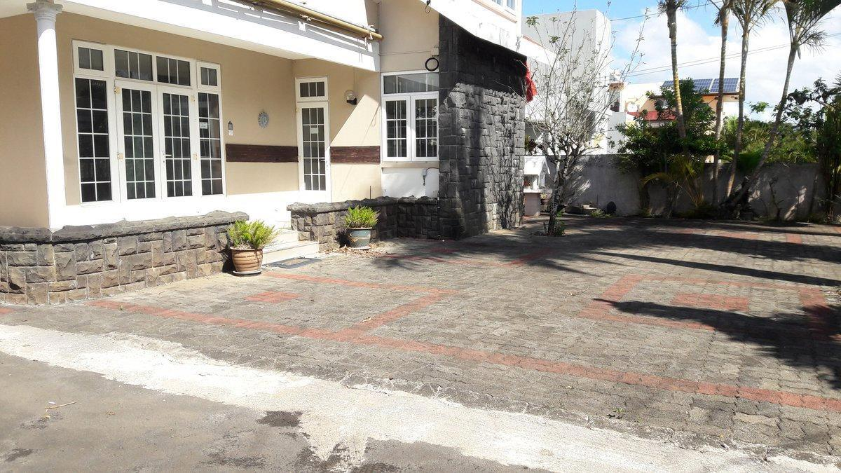 House for Rent in Moka - 155627