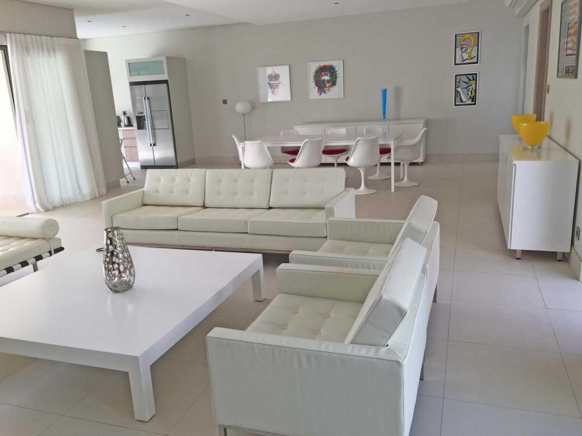 Villa for Sale in Beau Champ - 156890