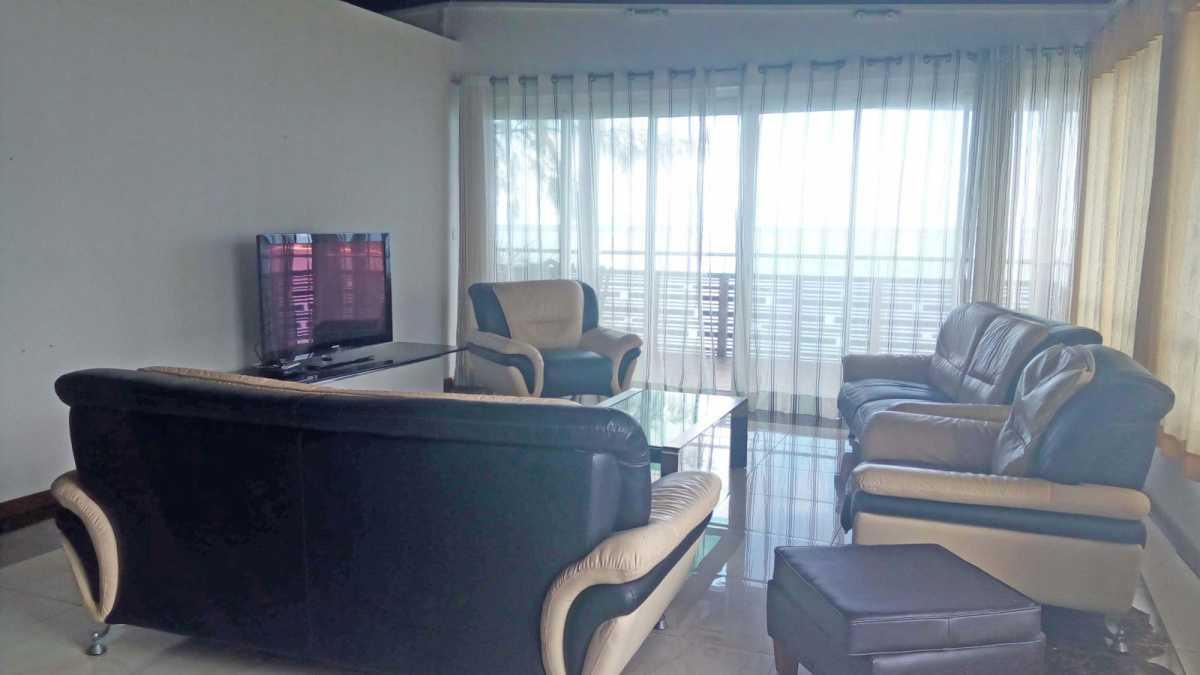 Penthouse for Rent in Blue Bay - 156920