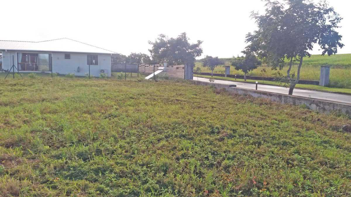 Residential Land for Sale in Mont Piton - 156986