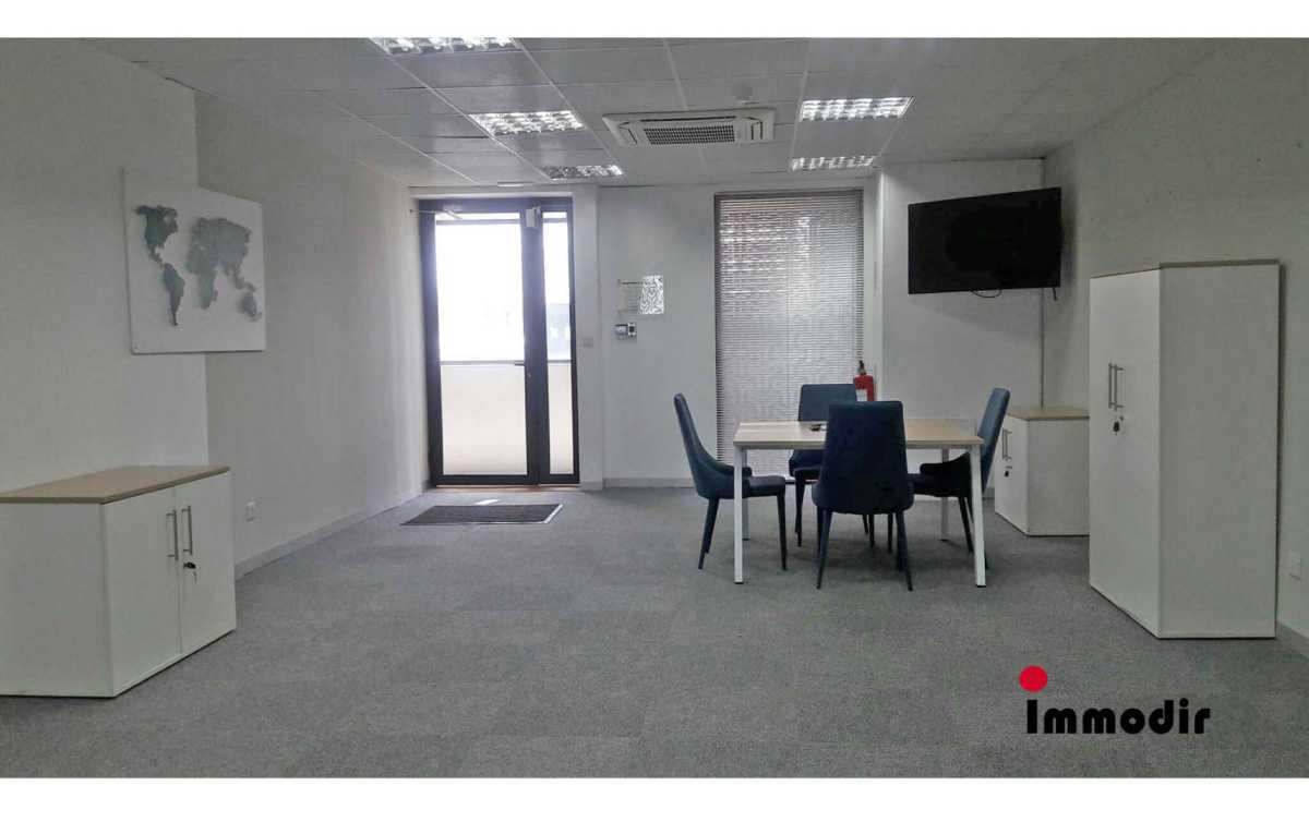 Office Space for Rent in Ebene - 157746