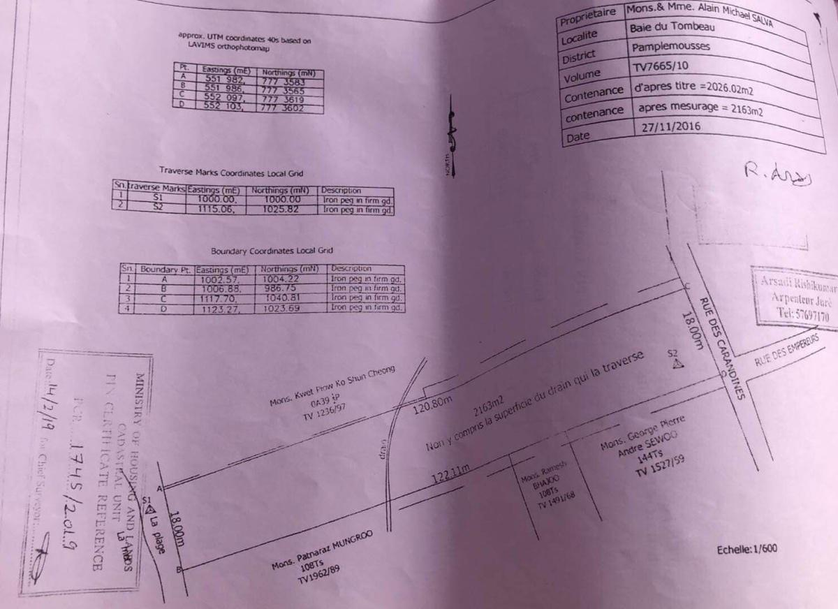 Land for Sale in Baie du Tombeau