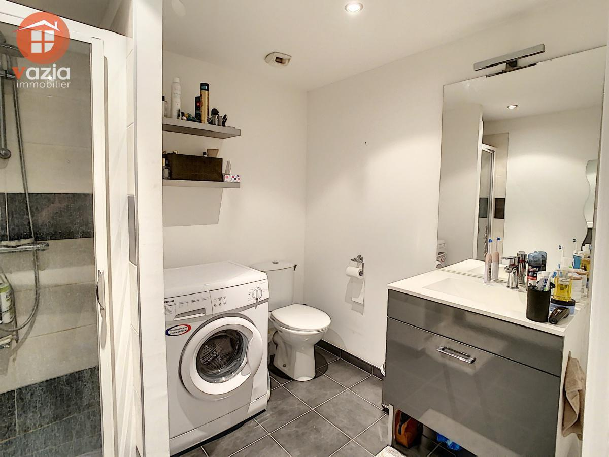 Suresnes - Appartement 2 pièces avec place de stationnement