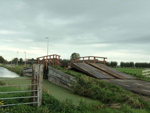 Een brug op de brug