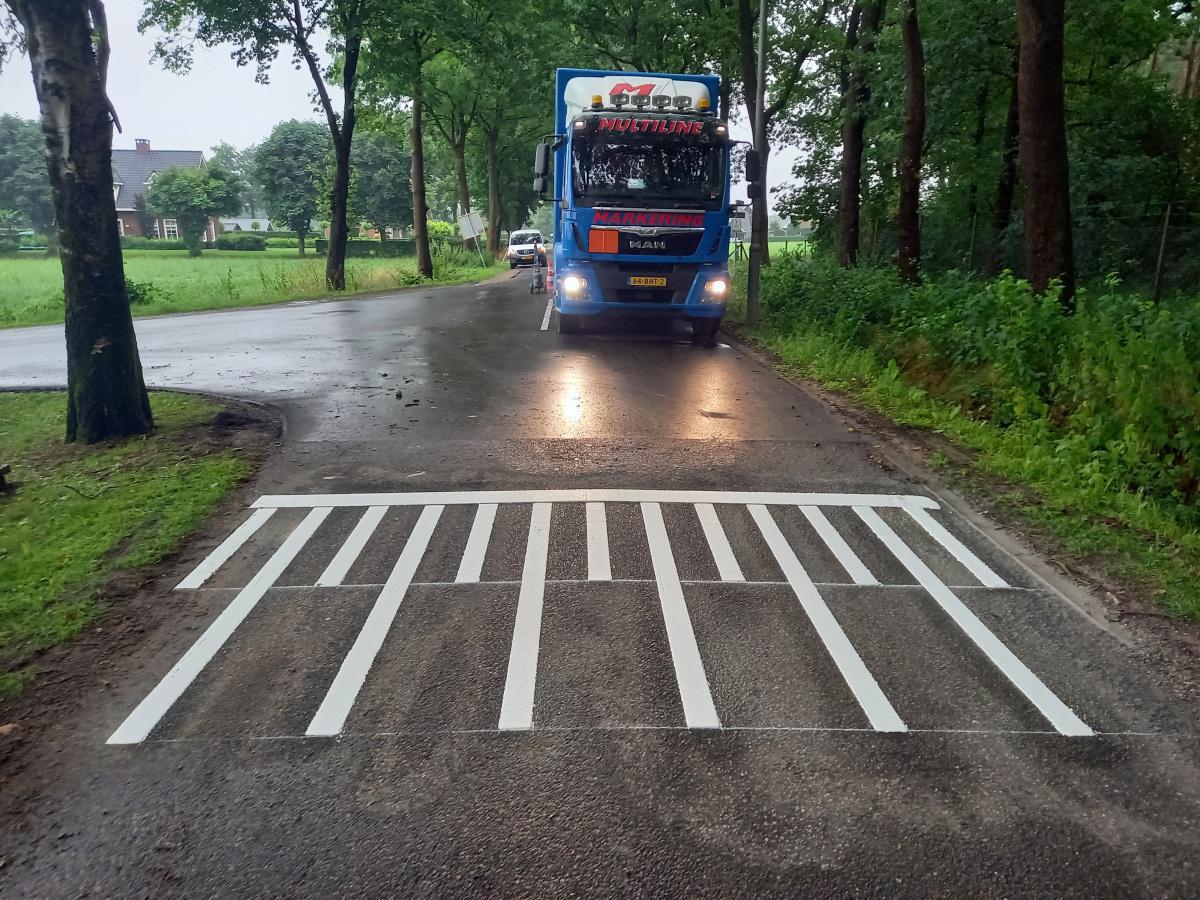 Kruising Koperensteeg - Matendijk en kruising Vijfsprongweg - Valkse Engweg Wekerom