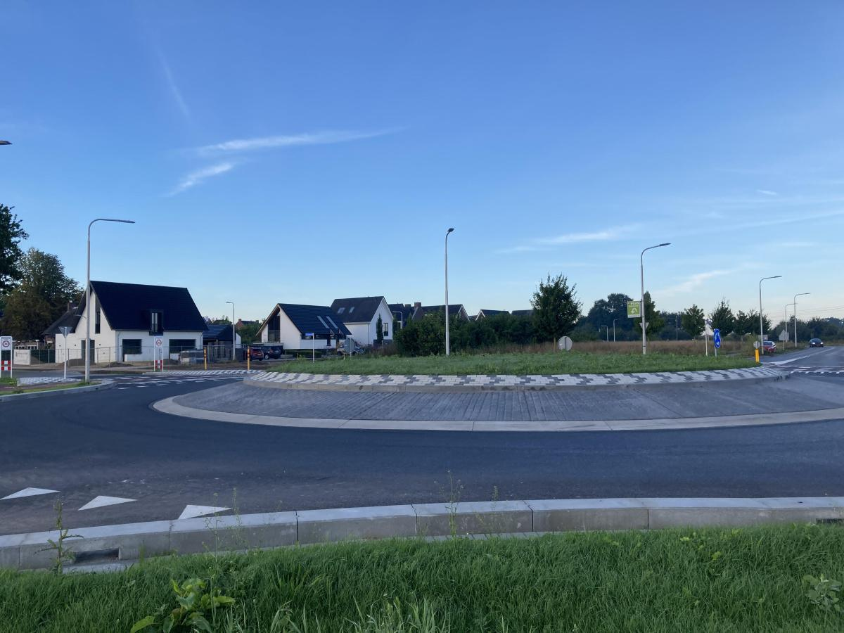 Oplevering rotonde
