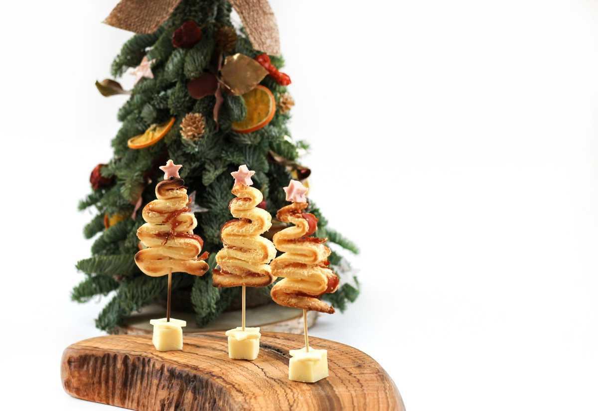 Alberelli di Natale di pasta sfoglia