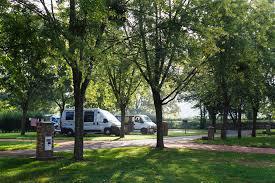 Camping Saint-Vital ***