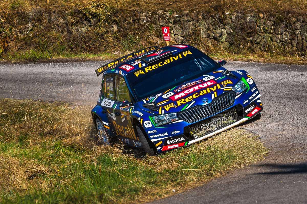 'Cohete' Suárez se consolida como líder al ganar también el Rallye Ourense Recalvi