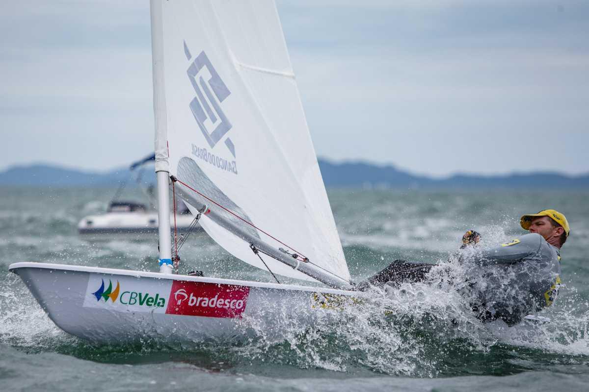 Robert Scheidt anuncia retorno para campanha olímpica na Laser