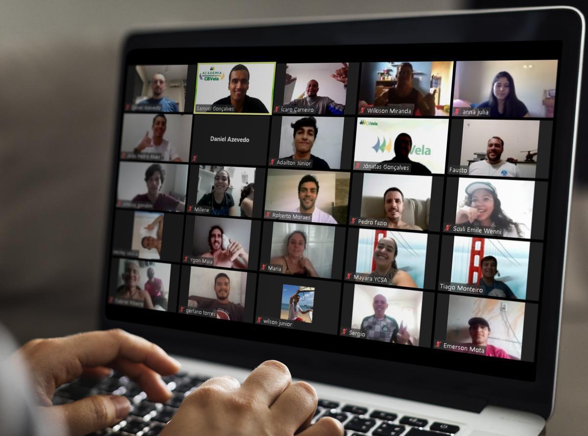 Turma 4 - Clínica Online de Formação de Monitores