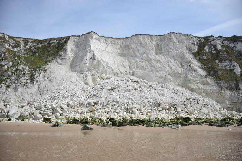 Cap Blanc-Nez : une partie de la falaise s'est effondrée, d'autres éboulements possibles