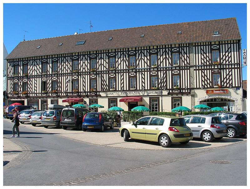 Village Hotel normandy0945