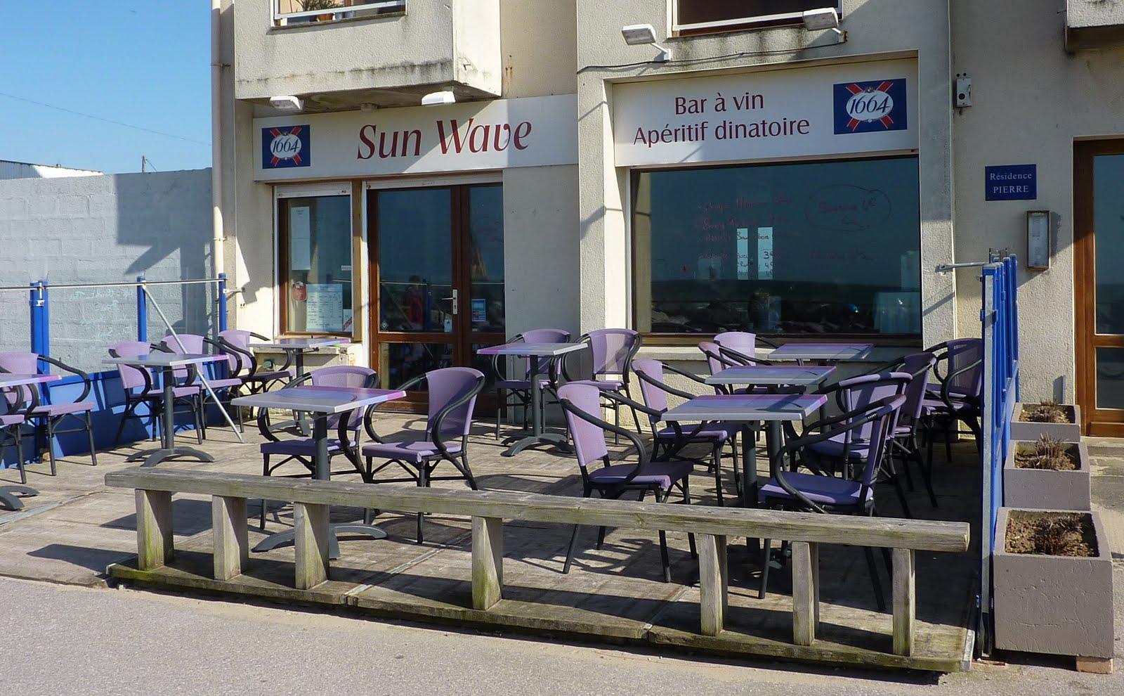 Village Mag Sun wave