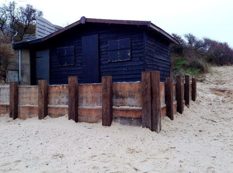 Digue Tempette Dec 2013 chalet entree plage 12
