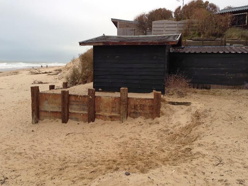 Digue Tempette Dec 2013 chalet entree plage 16