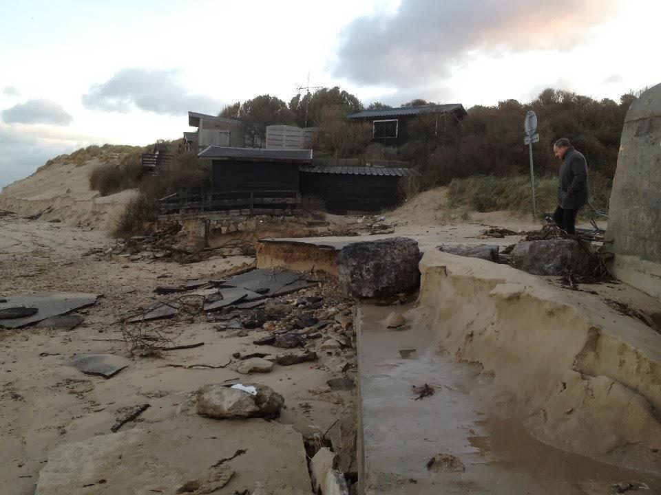 Digue Tempette Dec 2013 chalet entree plage 30