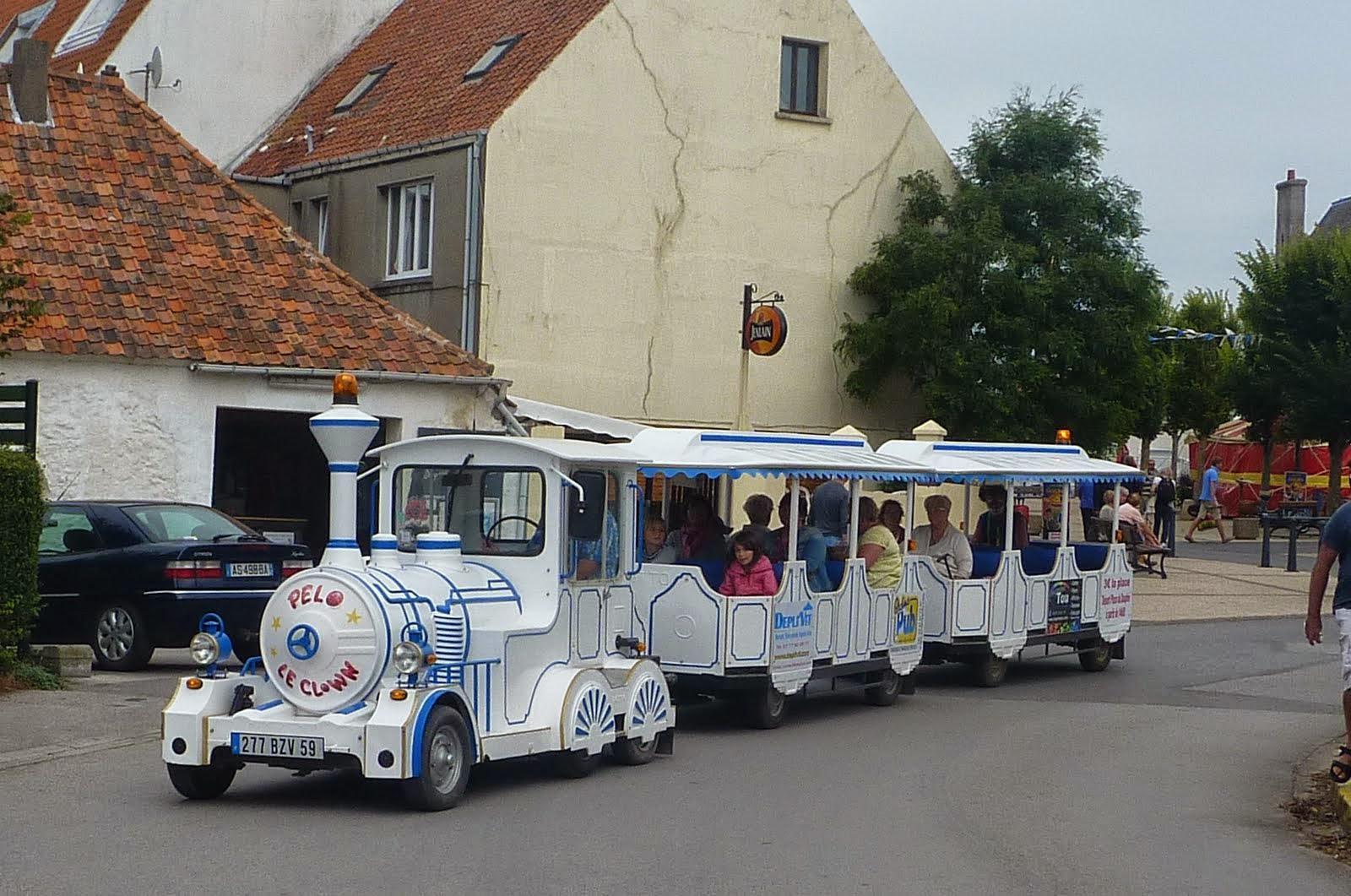 Divers 10 petit train