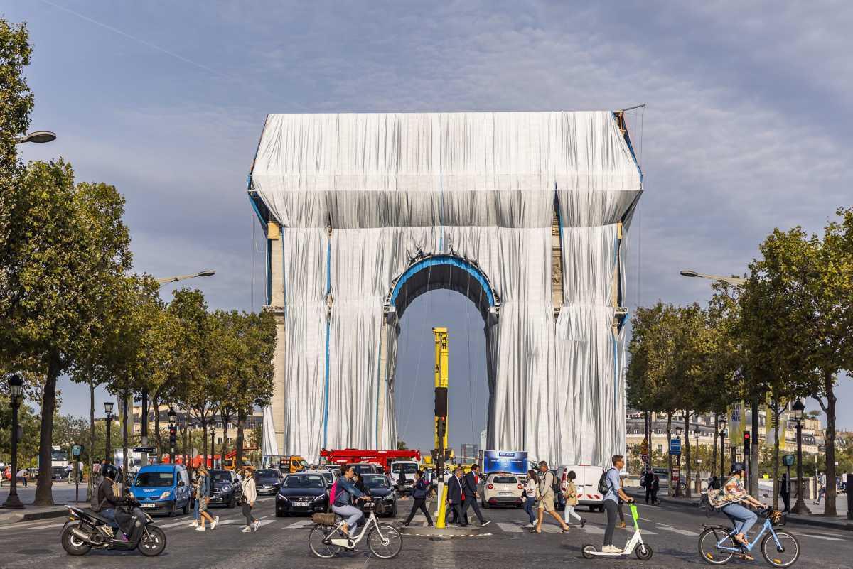 [Focus] - L'Arc de Triomphe emballé par Christo sera inauguré le 18 septembre