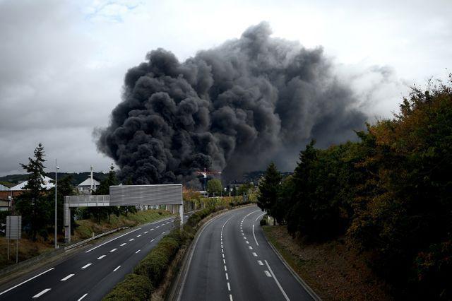Incendie de l'usine Lubrizol : un expert indépendant va enquêter
