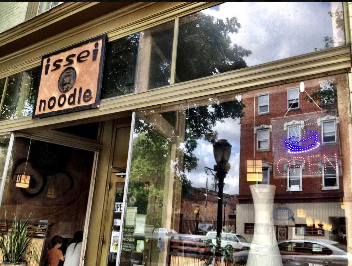Issei Noodle