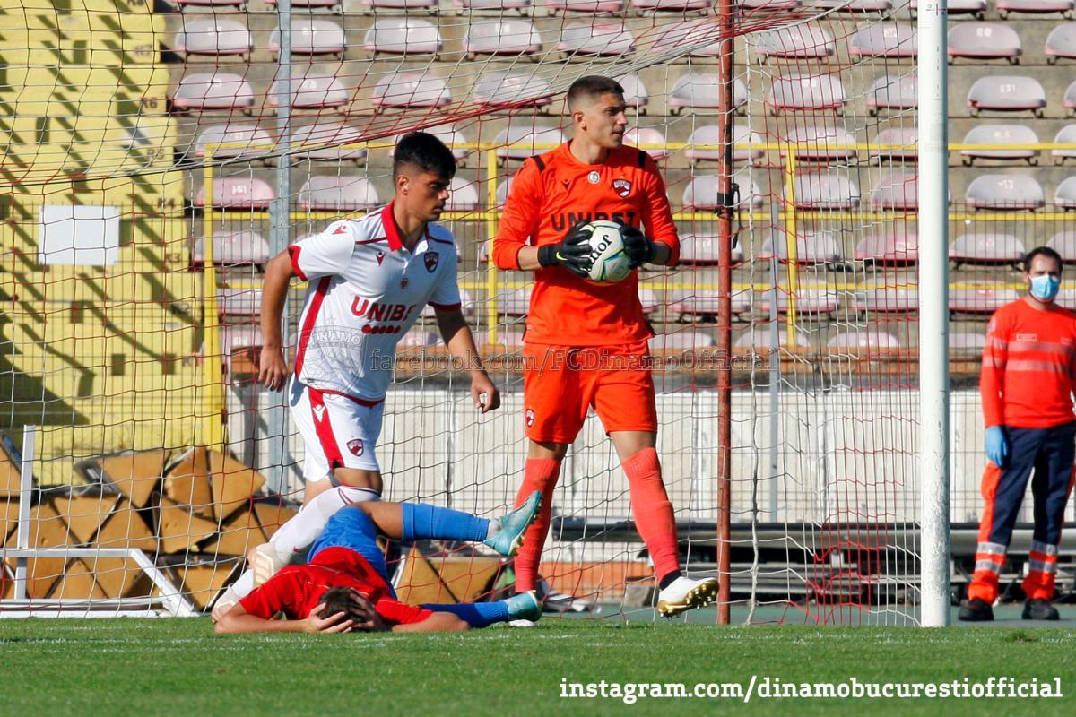 LIGA 3. Dinamo 2 București vs CSA Steaua 1-3 (0-3)