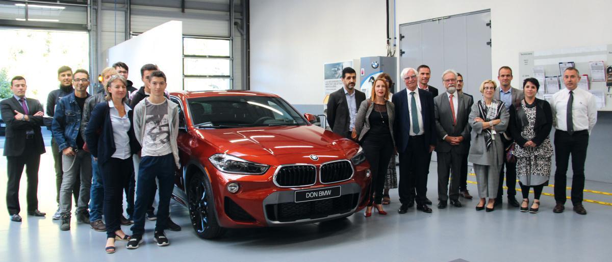 Une BMW neuve offerte au lycée Gilbert Courtois