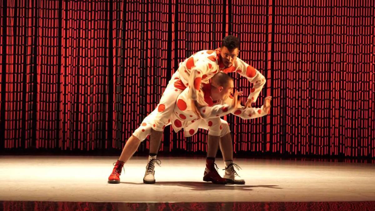 """COMPAGNIE RÊVOLUTION """"Les forains, Ballet urbain"""""""