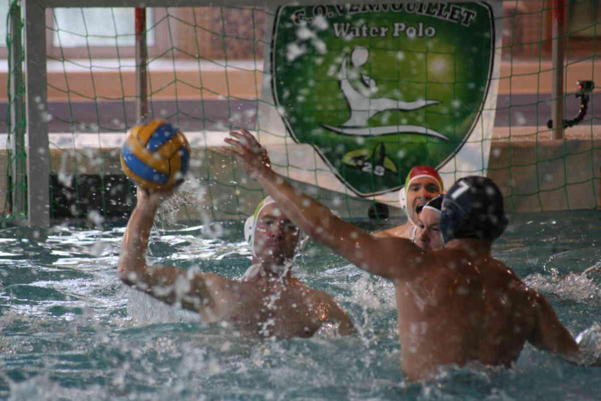 Water-polo : les Sardines du COV s'imposent à Bourges