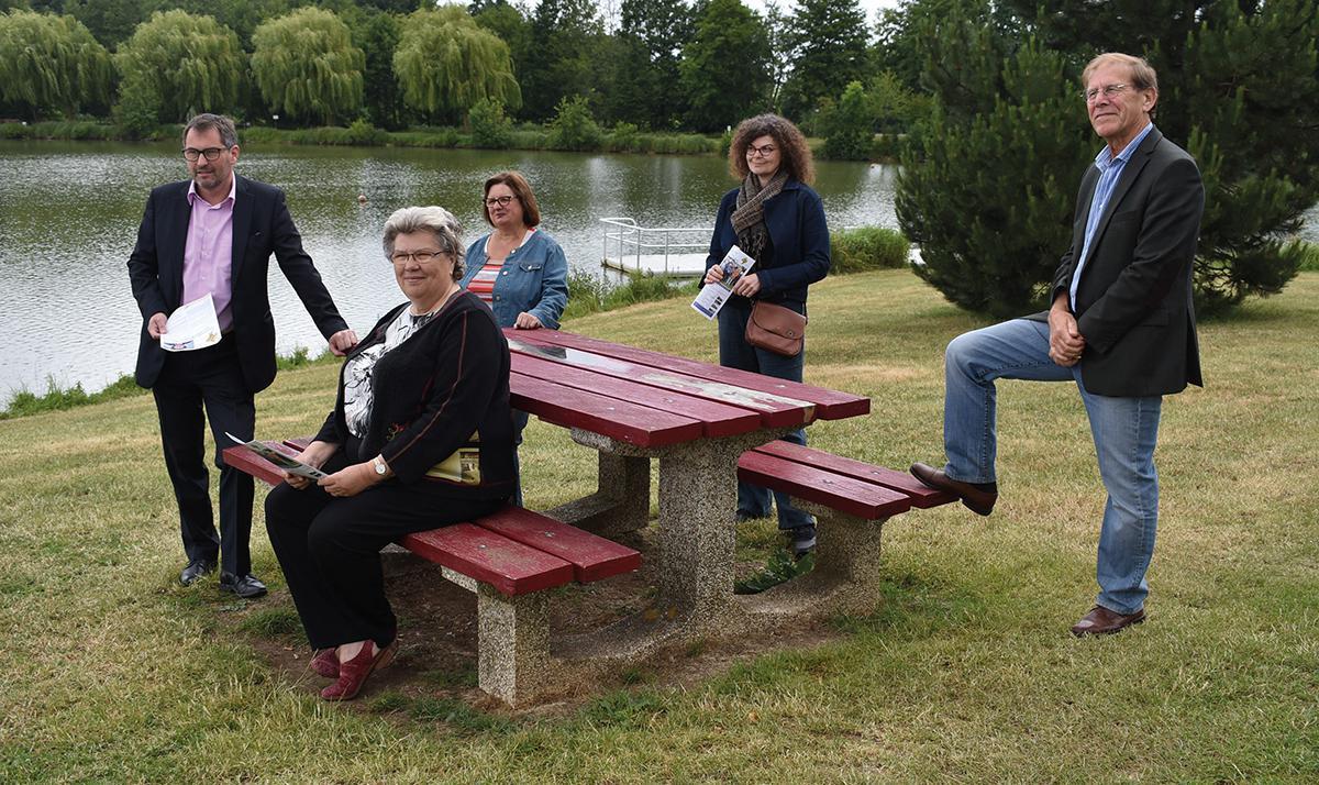 Mesnil-sur-Iton : Colette Bonnard en pleine campagne pour le second tour