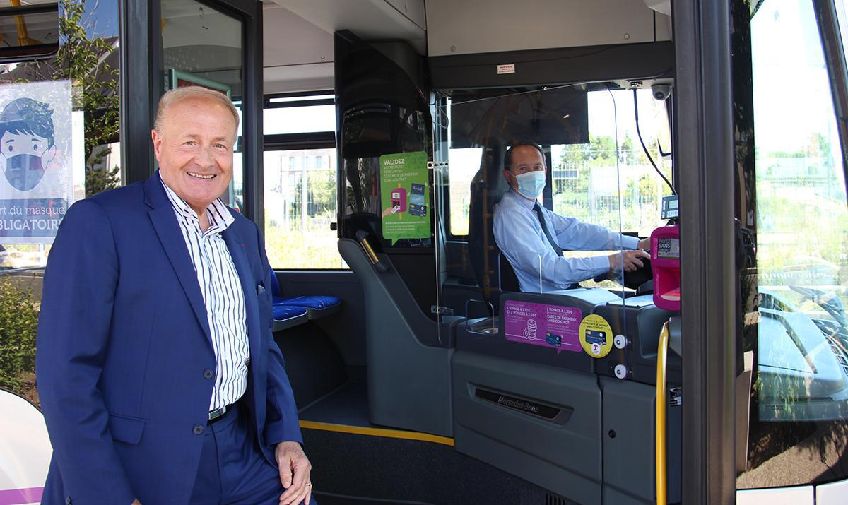 Des mesures incitent les voyageurs à prendre le bus