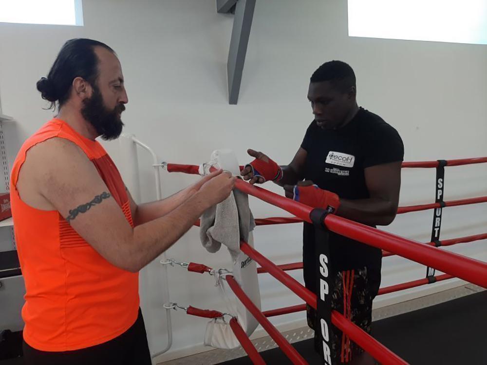 Championnat de France de boxe lourds / légers, Aboulaye Diane aidé par Glass Express