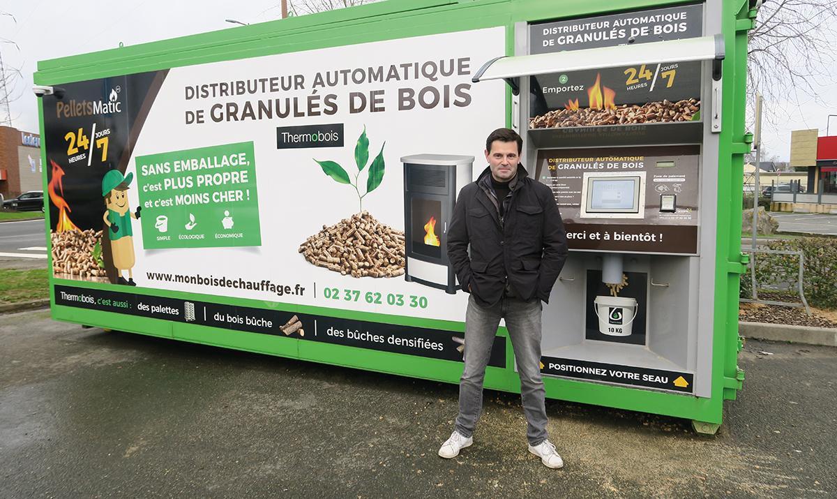 Un distributeur de granulés de bois en vrac avec Thermobois