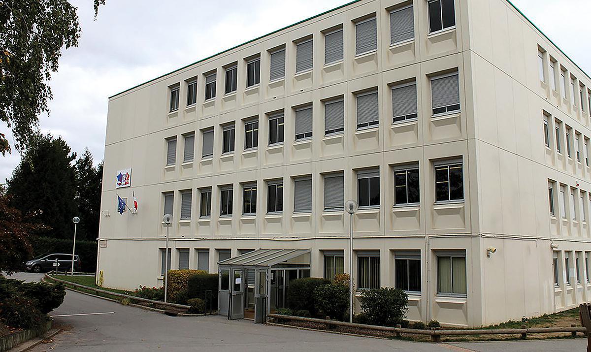 Le collège François-Mauriac de Houdan sera reconstruit