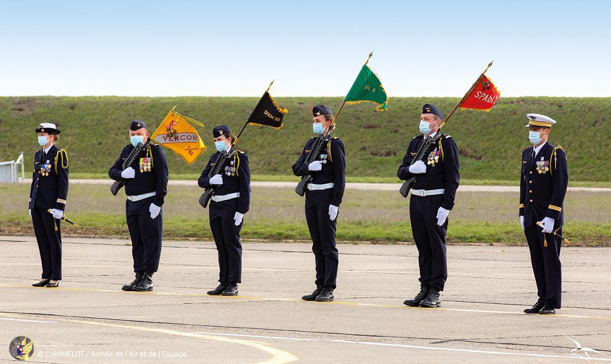 Trois temps-forts pour une cérémonie solennelle à la BA105