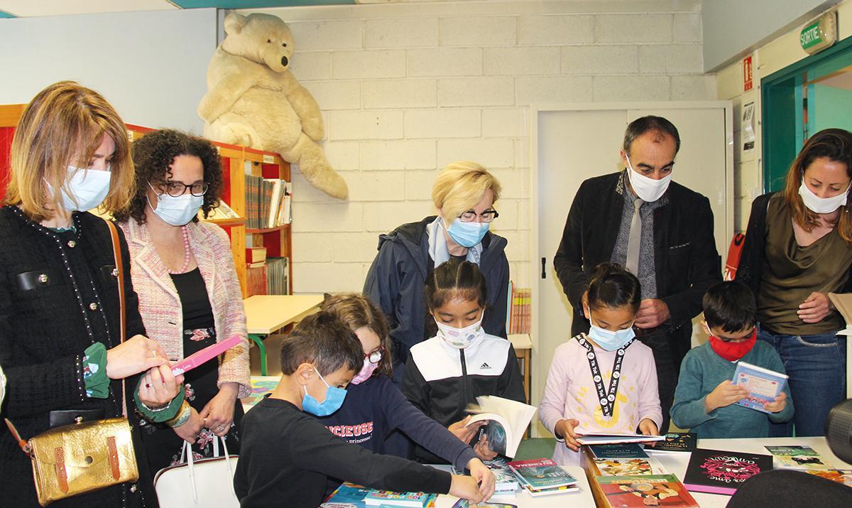 1000 livres distribués aux écoles de Dreux et Vernouillet