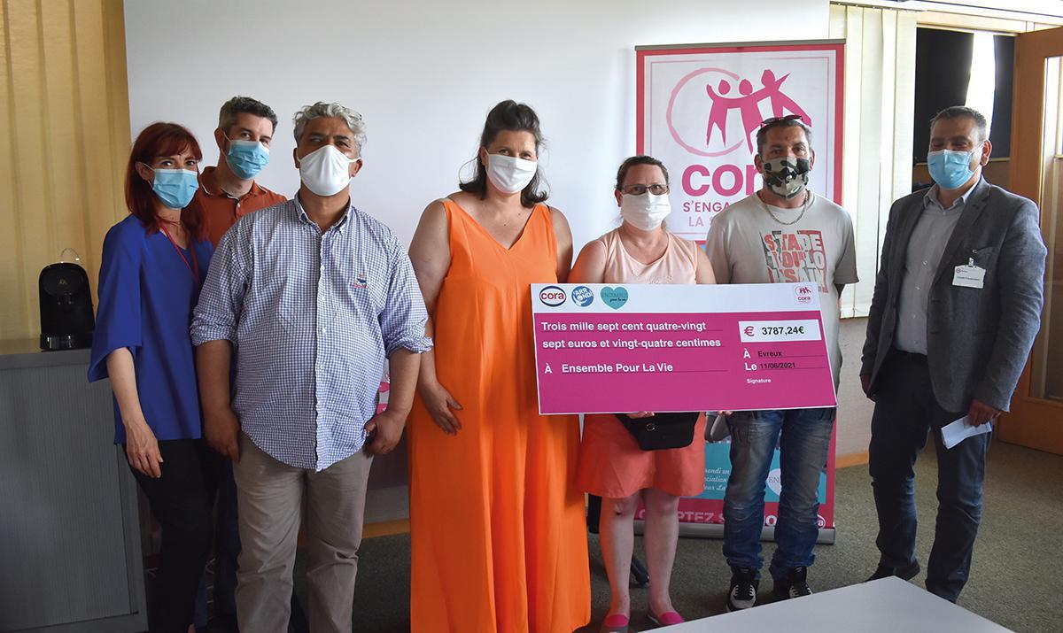 Cora, au chevet des associations caritatives
