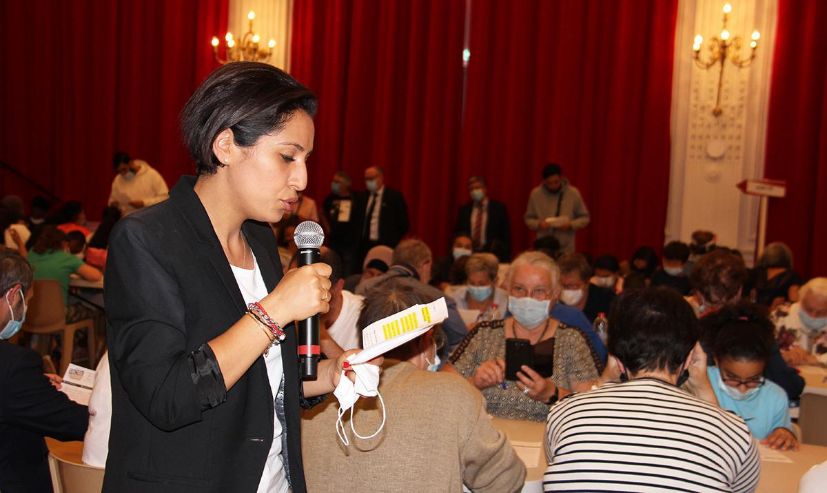 Intellectuelle et sportive, Sarah El Haïry partage les activités de tous