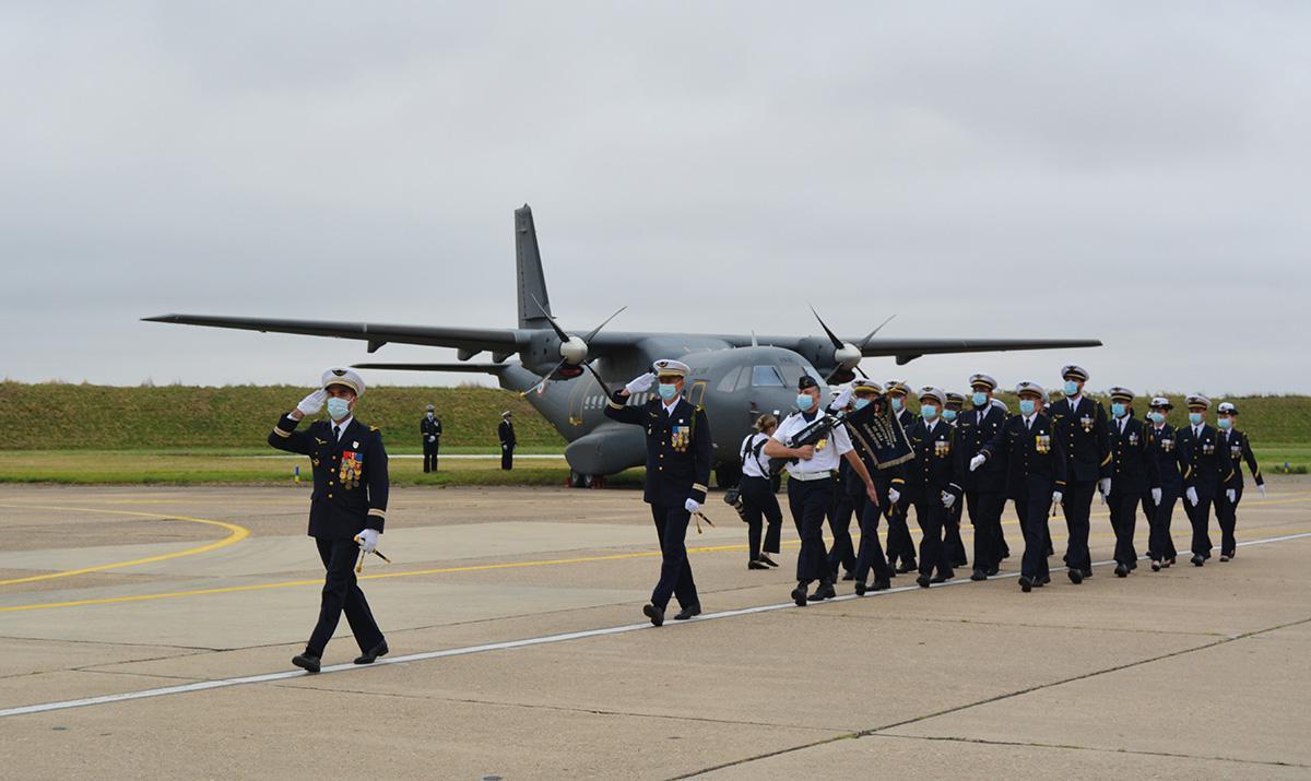 7 Unités de la BA105 changent de commandement
