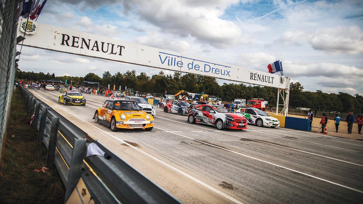 Toujours plus de spectacle au Rallycross de Dreux