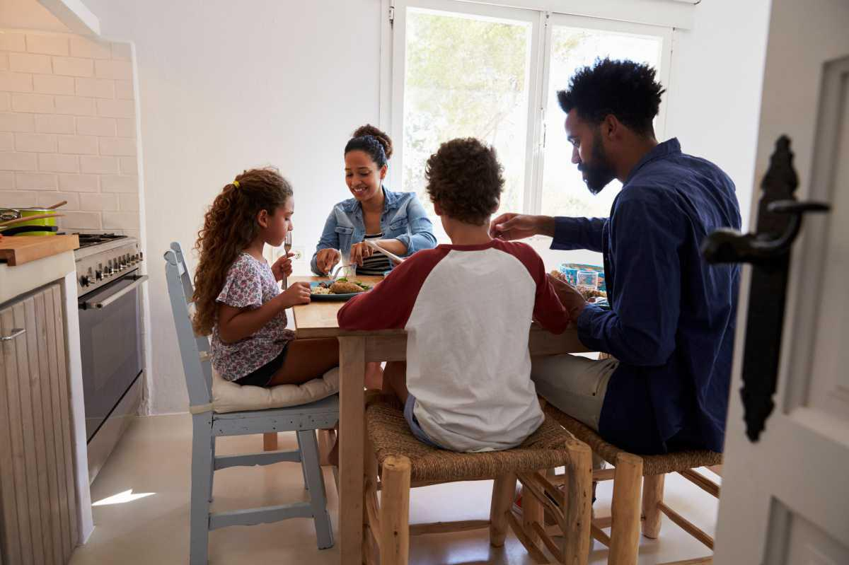 Tips for managing mealtimes