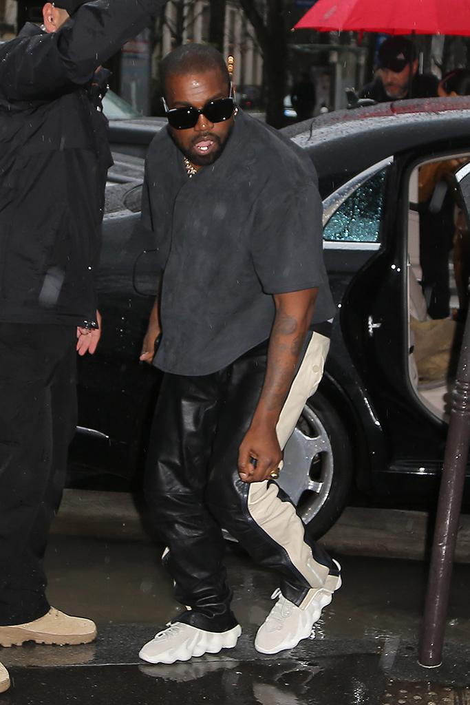 Kanye West's Yeezy 450 Sold-Out In A Minute