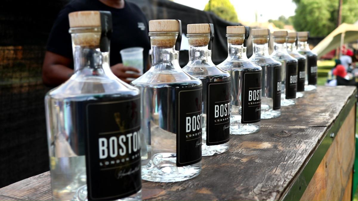 Win yourself a bottle of Boston's Gin