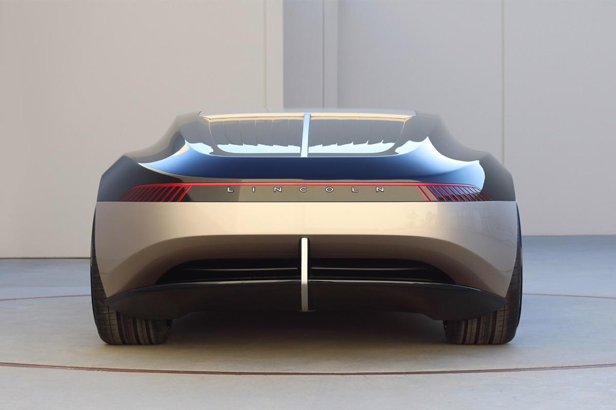Lincoln x ArtCenter College of Design   Quiet Flight 2040