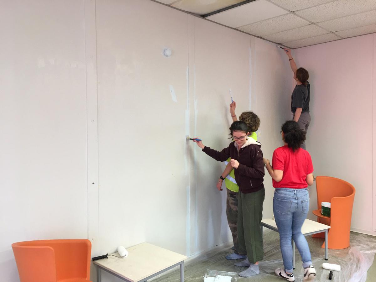 Les élèves du CVL passent à l'action pour la réfection du foyer