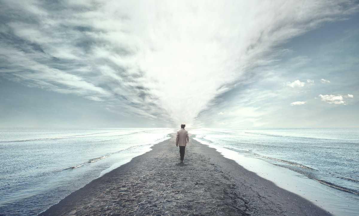 Bergaul/Berjalan Dengan Allah